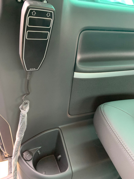 Volkswagen Caravelle 2014 EXEC TDI BLUEMOTION TECH wheelchair & scooter accessible vehicle WAV 7