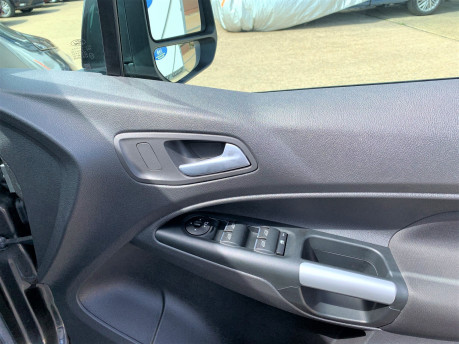 Ford Tourneo Connect 2018 TITANIUM TDCI Wheelchair & scooter accessible vehicle WAV 19