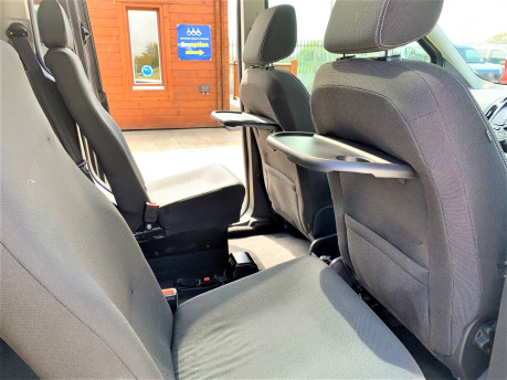 Ford Tourneo Connect 2018 TITANIUM TDCI Wheelchair & scooter accessible vehicle WAV 20
