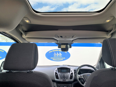 Ford Tourneo Connect 2018 TITANIUM TDCI Wheelchair & scooter accessible vehicle WAV 12