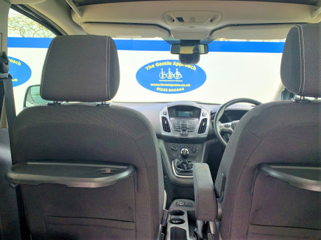 Ford Tourneo Connect 2018 TITANIUM TDCI Wheelchair & scooter accessible vehicle WAV 11