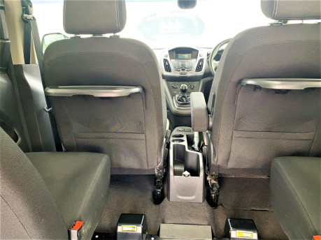 Ford Tourneo Connect 2018 TITANIUM TDCI Wheelchair & scooter accessible vehicle WAV 10