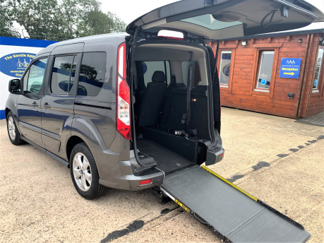 Ford Tourneo Connect 2018 TITANIUM TDCI Wheelchair & scooter accessible vehicle WAV 1