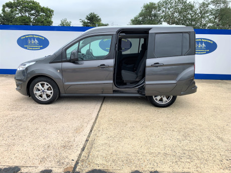 Ford Tourneo Connect 2018 TITANIUM TDCI Wheelchair & scooter accessible vehicle WAV 29
