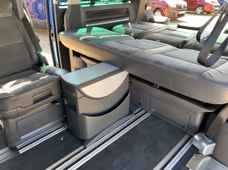 Volkswagen Caravelle 2015 EXEC TDI BLUEMOTION TECH wheelchair & scooter accessible vehicle WAV 25
