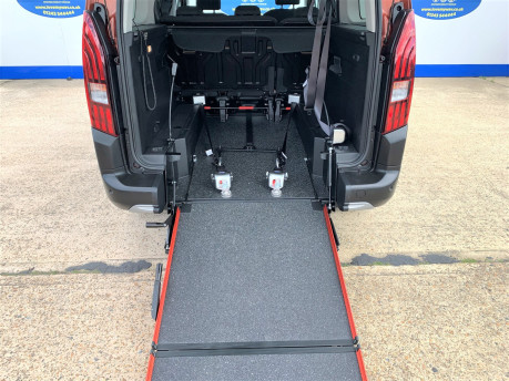 Peugeot Rifter 2020 PURETECH S/S ALLURE L wheelchair & scooter accessible vehicle WAV 9