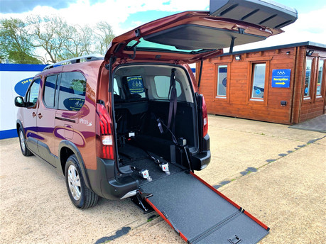 Peugeot Rifter PURETECH S/S ALLURE L wheelchair & scooter accessible vehicle WAV