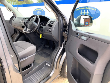 Volkswagen Caravelle 2013 SE TDI BLUEMOTION TECH Wheelchair & scooter accessible vehicle WAV 11