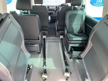 Volkswagen Caravelle 2017 EXECUTIVE TDI BMT Wheelchair & scooter accessible vehicle WAV 10