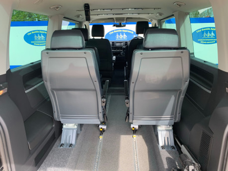 Volkswagen Caravelle 2017 EXECUTIVE TDI BMT Wheelchair & scooter accessible vehicle WAV 9