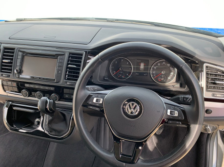 Volkswagen Caravelle 2017 EXECUTIVE TDI BMT Wheelchair & scooter accessible vehicle WAV 14