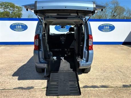 Fiat Qubo 2010 MULTIJET DYNAMIC DUALOGIC Wheelchair Accessible Vehicle WAV 7