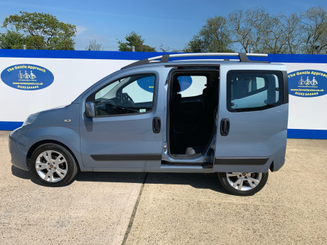 Fiat Qubo 2010 MULTIJET DYNAMIC DUALOGIC Wheelchair Accessible Vehicle WAV 17