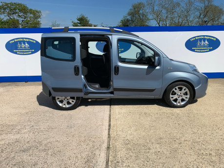 Fiat Qubo 2010 MULTIJET DYNAMIC DUALOGIC Wheelchair Accessible Vehicle WAV 19