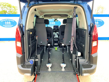 Peugeot Rifter 2021 BLUEHDI S/S ALLURE Wheelchair & scooter accessible vehicle WAV 9
