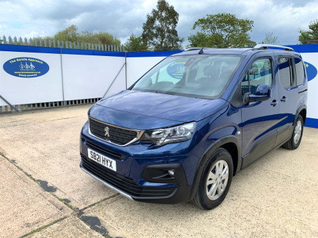 Peugeot Rifter 2021 BLUEHDI S/S ALLURE Wheelchair & scooter accessible vehicle WAV 4