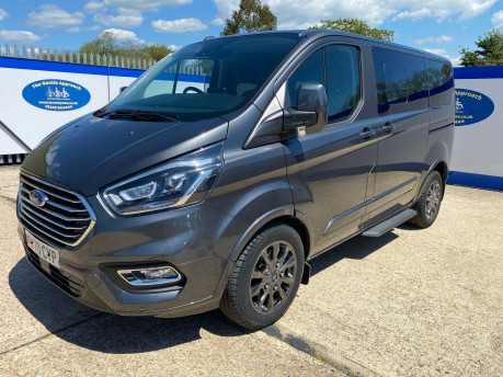 Ford Tourneo Custom 320 TITANIUM X ECOBLUE L1 wheelchair & scooter accessible vehicle WAV 4