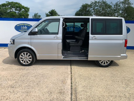 Volkswagen Caravelle 2014 EXECUTIVE TDI BLUEMOTION TECH wheelchair & scooter accessible vehicle 32