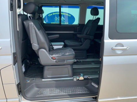 Volkswagen Caravelle 2014 EXECUTIVE TDI BLUEMOTION TECH wheelchair & scooter accessible vehicle 22