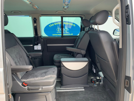 Volkswagen Caravelle 2014 EXECUTIVE TDI BLUEMOTION TECH wheelchair & scooter accessible vehicle 25