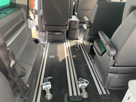 Volkswagen Caravelle 2014 EXECUTIVE TDI BLUEMOTION TECH wheelchair & scooter accessible vehicle 13