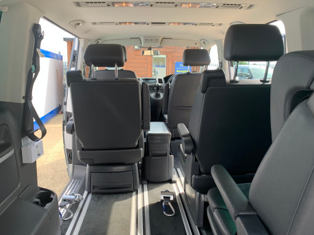 Volkswagen Caravelle 2014 EXECUTIVE TDI BLUEMOTION TECH wheelchair & scooter accessible vehicle 14