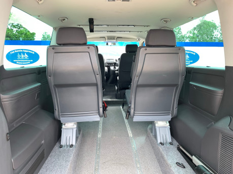 Volkswagen Caravelle 2014 SE TDI BLUEMOTION TECHNOLOGY wheelchair & scooter accessible vehicle 9