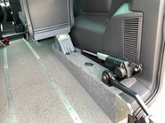 Volkswagen Caravelle 2014 SE TDI BLUEMOTION TECHNOLOGY wheelchair & scooter accessible vehicle 11