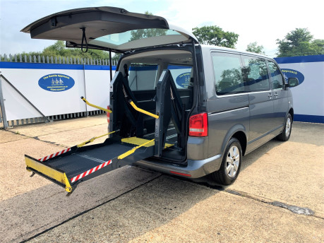 Volkswagen Caravelle 2013 SE TDI wheelchair & scooter accessible vehicle WAV 28