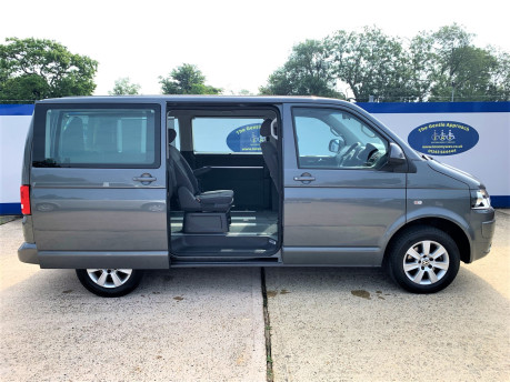 Volkswagen Caravelle 2013 SE TDI wheelchair & scooter accessible vehicle WAV 23