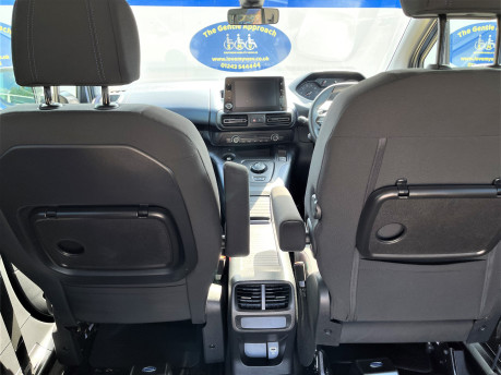 Peugeot Rifter 2019 HORIZON RE wheelchair & scooter accessible vehicle WAV 11