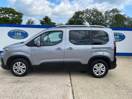Peugeot Rifter 2019 HORIZON RE wheelchair & scooter accessible vehicle WAV 21