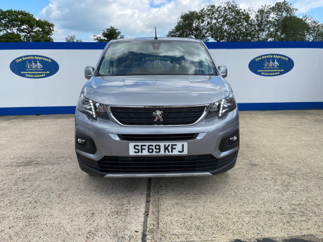 Peugeot Rifter 2019 HORIZON RE wheelchair & scooter accessible vehicle WAV 3