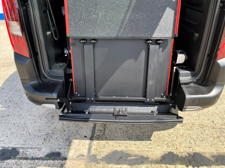 Peugeot Rifter 2019 HORIZON RE wheelchair & scooter accessible vehicle WAV 7