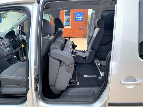 Volkswagen Caddy Maxi 2013 C20 LIFE TDI Wheelchair & scooter accessible vehicle WAV 17