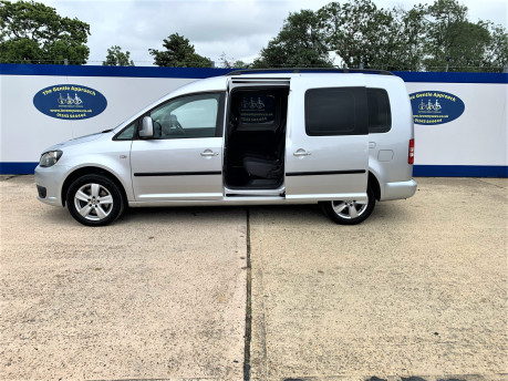 Volkswagen Caddy Maxi 2013 C20 LIFE TDI Wheelchair & scooter accessible vehicle WAV 23