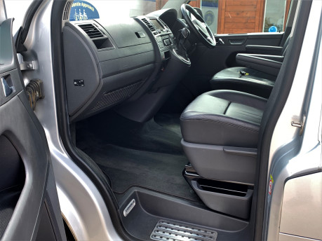 Volkswagen Caravelle 2014 EXEC TDI BLUEMOTION TECH Wheelchair & scooter accessible vehicle WAV 24