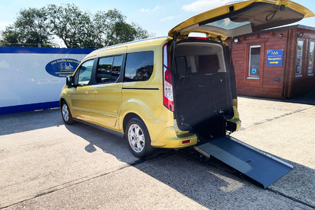 Ford Grand Tourneo Connect 2018 TITANIUM TDCI Wheelchair & scooter accessible vehicle WAV