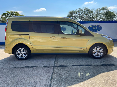 Ford Grand Tourneo Connect 2018 TITANIUM TDCI Wheelchair & scooter accessible vehicle WAV 29