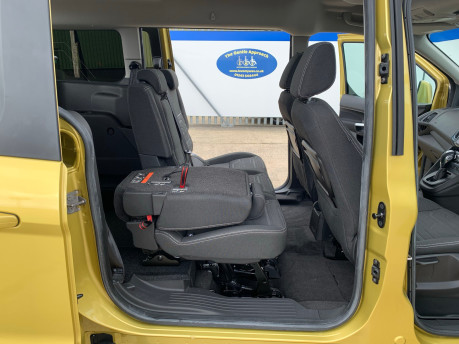 Ford Grand Tourneo Connect 2018 TITANIUM TDCI Wheelchair & scooter accessible vehicle WAV 23