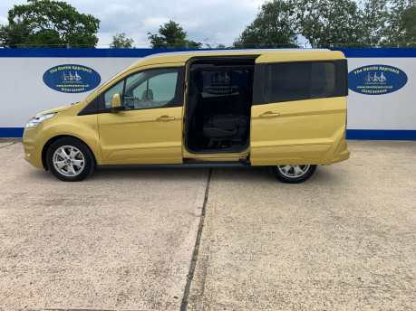 Ford Grand Tourneo Connect 2018 TITANIUM TDCI Wheelchair & scooter accessible vehicle WAV 28