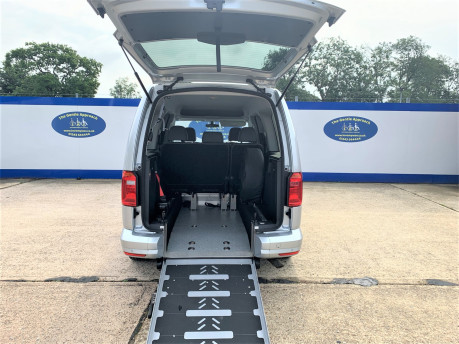 Volkswagen Caddy Maxi 2016 C20 LIFE TDI wheelchair & scooter accessible vehicle WAV 7