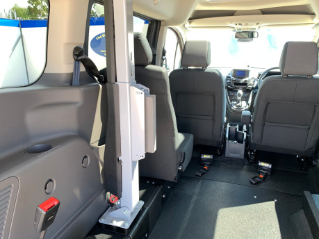 Ford Grand Tourneo Connect 2020 TITANIUM TDCI wheelchair & scooter accessible vehicle WAV 12