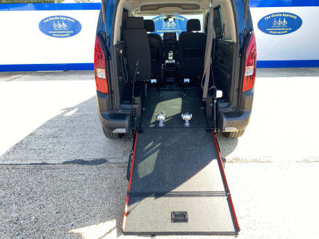 Peugeot Rifter PURETECH S/S ALLURE wheelchair & scooter accessible vehicle WAV 9