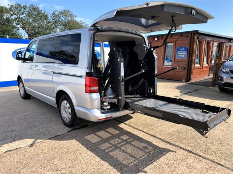 Volkswagen Transporter T30 TDI SHUTTLE SE wheelchair & scooter accessible vehicle WAV 1