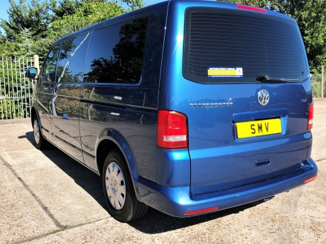 Volkswagen Transporter T30 TDI SHUTTLE SE Wheelchair Accessible Vehicle 3