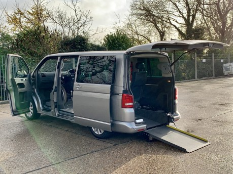 Volkswagen Caravelle EXECUTIVE TDI Wheelchair Accessible Vehicle WAV