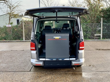 Volkswagen Caravelle EXECUTIVE TDI Wheelchair Accessible Vehicle 2