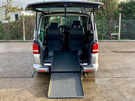 Volkswagen Caravelle EXECUTIVE TDI Wheelchair Accessible Vehicle 3