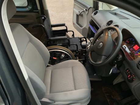 Volkswagen Caddy 2009 LIFE TDI DSG Wheelchair Accessible Vehicle WAV 9